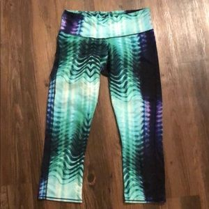 Mermaid inspired crop leggings